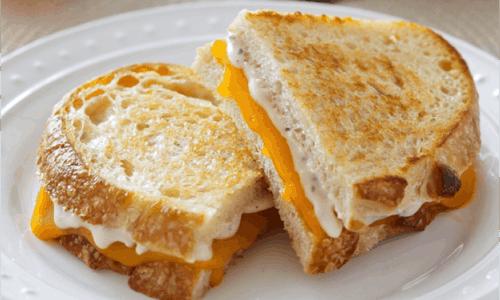 Garlic Parmesan Grilled Cheese