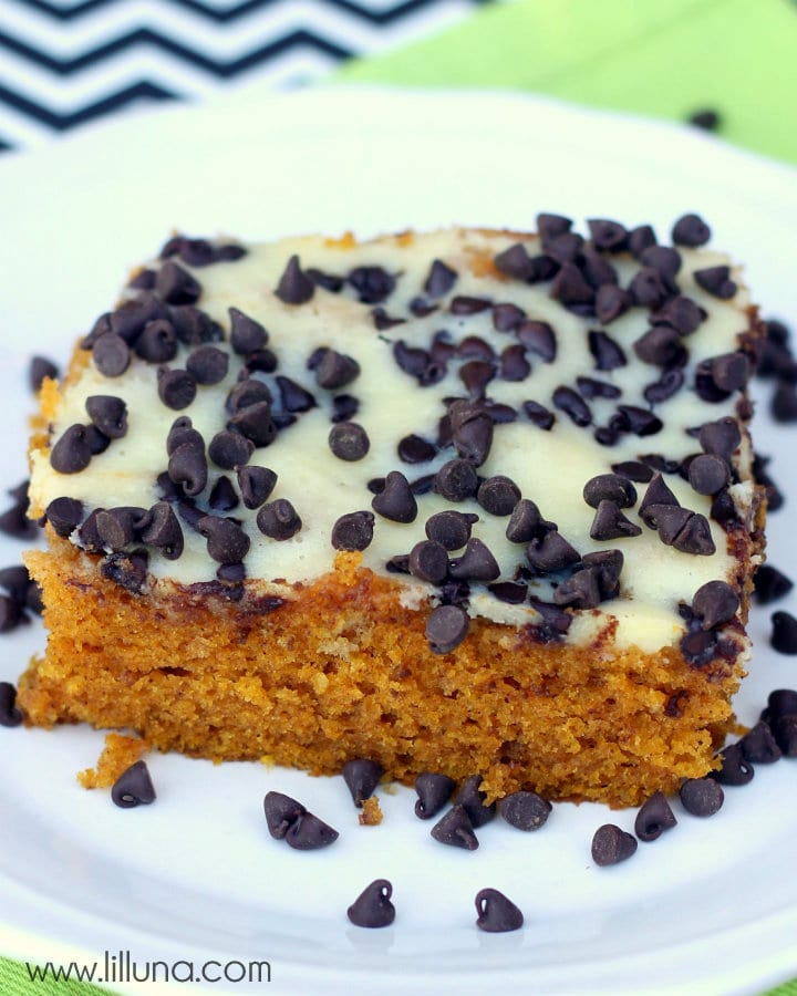 Pumpkin Cream Cheese Bars Recipe on { lilluna.com }