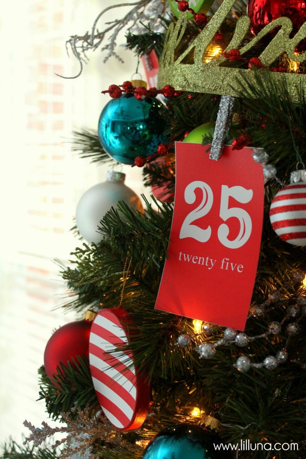 Advent Christmas Tree with Free Prints. Great idea to help inspire you're own tree!
