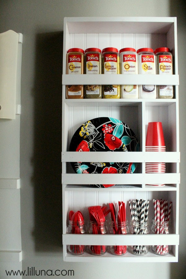DIY Pantry Organizer Shelving Unit { lilluna.com } #pantry