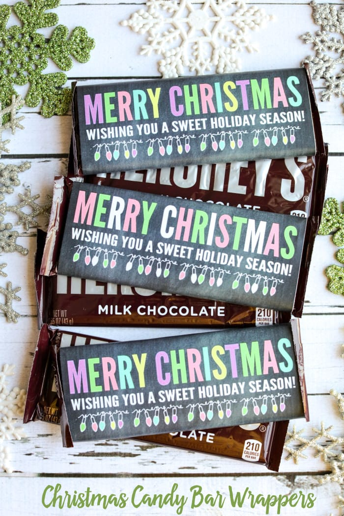 FREE Christmas Candy Bar Wrappers - perfect for a sweet treat to give this holiday season.