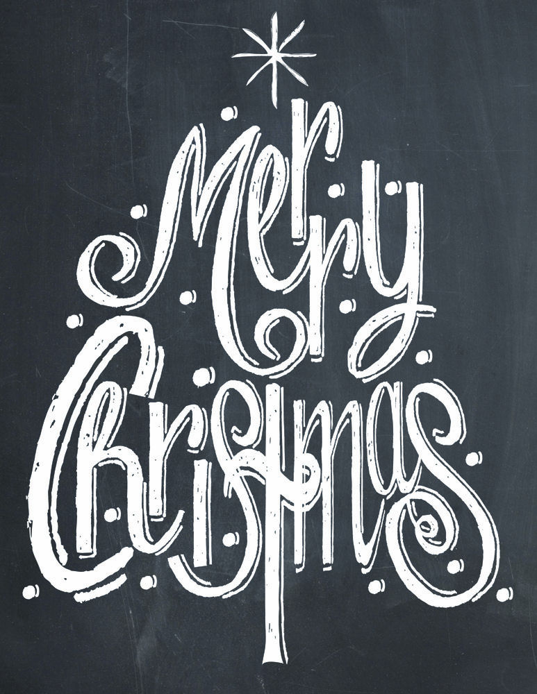 Merry Christmas Tree Chalk Print - Free Print on { lilluna.com } Put in a frame and you have cute Christmas decor or give as a gift!