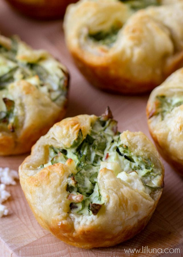 close up of feta and spinach pastry