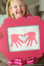 CUTE Love Hand Prints Gift Idea - perfect for Valentine's!! { lilluna.com }