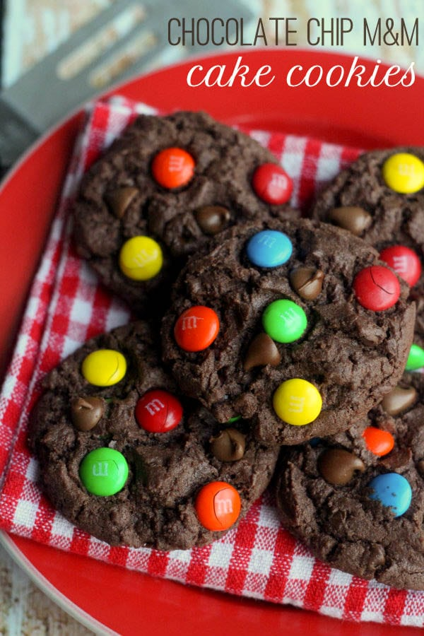 Chocolate Chip M&M Cake Cookies on { lilluna.com } So chocolatey and soft!