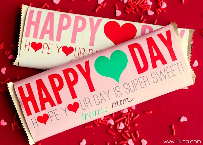 FREE Valentine's Day Candy Bar Wrappers on { lilluna.com }