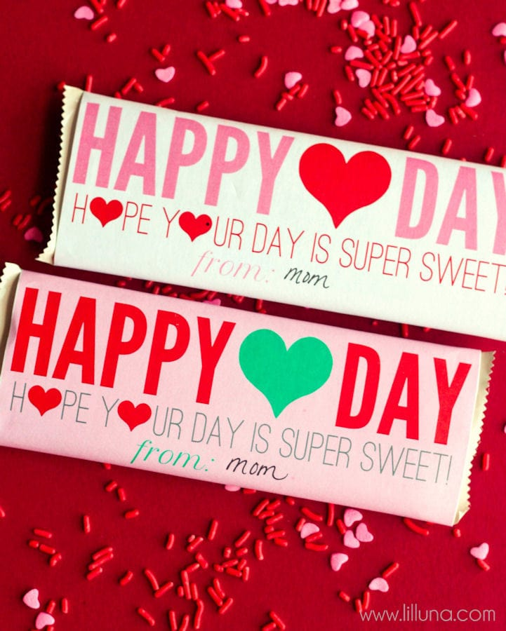 Valentine's Day Candy Bar Wrappers on { lilluna.com }