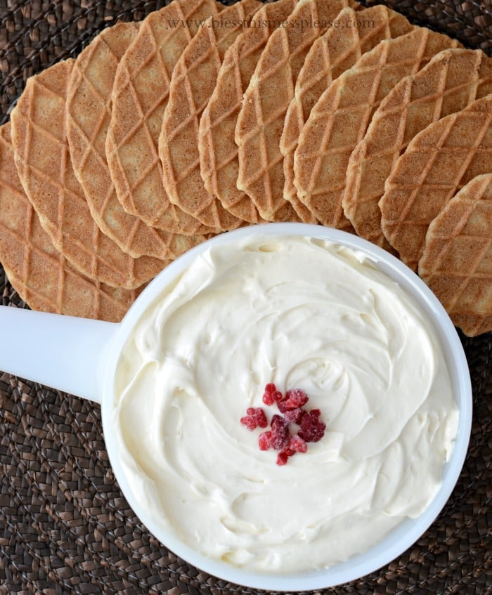 Cheesecake Dip recipe on { lilluna.com } Such a easy and yummy snack! Only takes 4 ingredients, cream cheese, vanilla extract, sweetened condensed milk, & lemon juice!