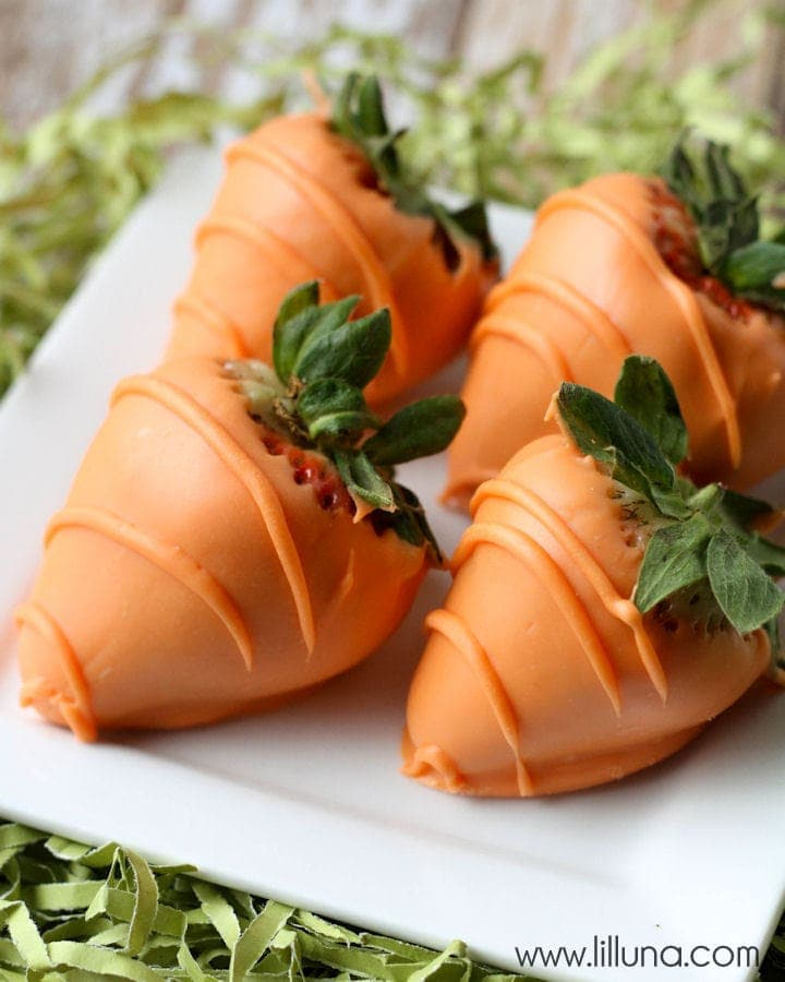 Super easy and Delicious Carrot Chocolate Covered Strawberries recipe on { lilluna.com }
