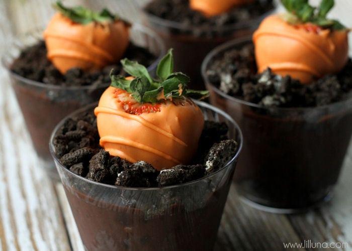 Super easy and Delicious Carrot Chocolate Covered Strawberries recipe on { lilluna.com }