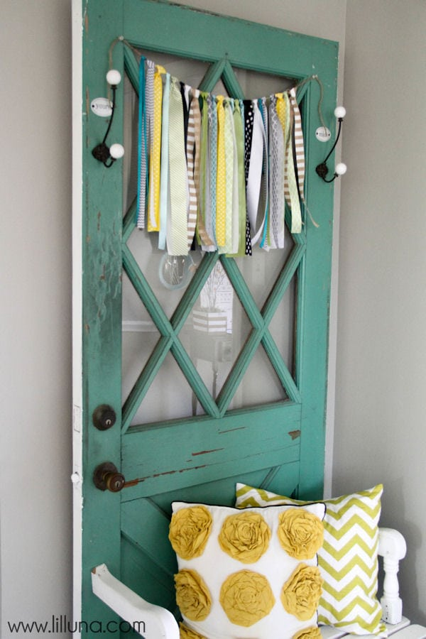 Beautiful Vintage Door Bench tutorial { lilluna.com } Few supplies needed to make this super cute door bench!!
