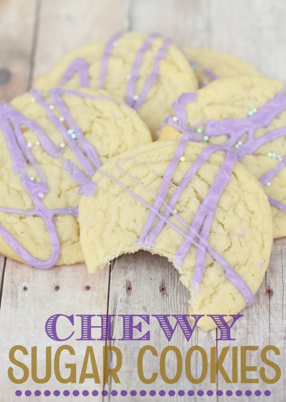 These Chewy Sugar Cookies are SO yummy! { lilluna.com } A hint of almond extract make these perfect!