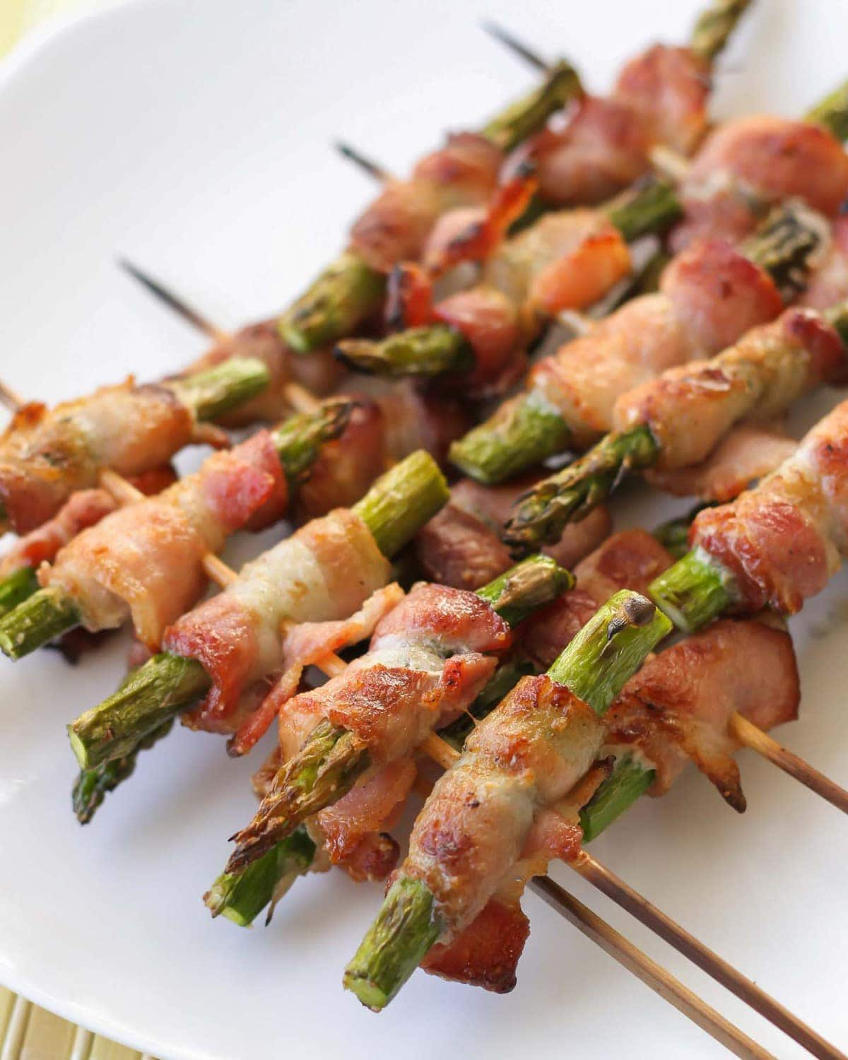 Bacon Wrapped Asparagus Skewers - so easy, so delicious and perfect for any BBQ!!