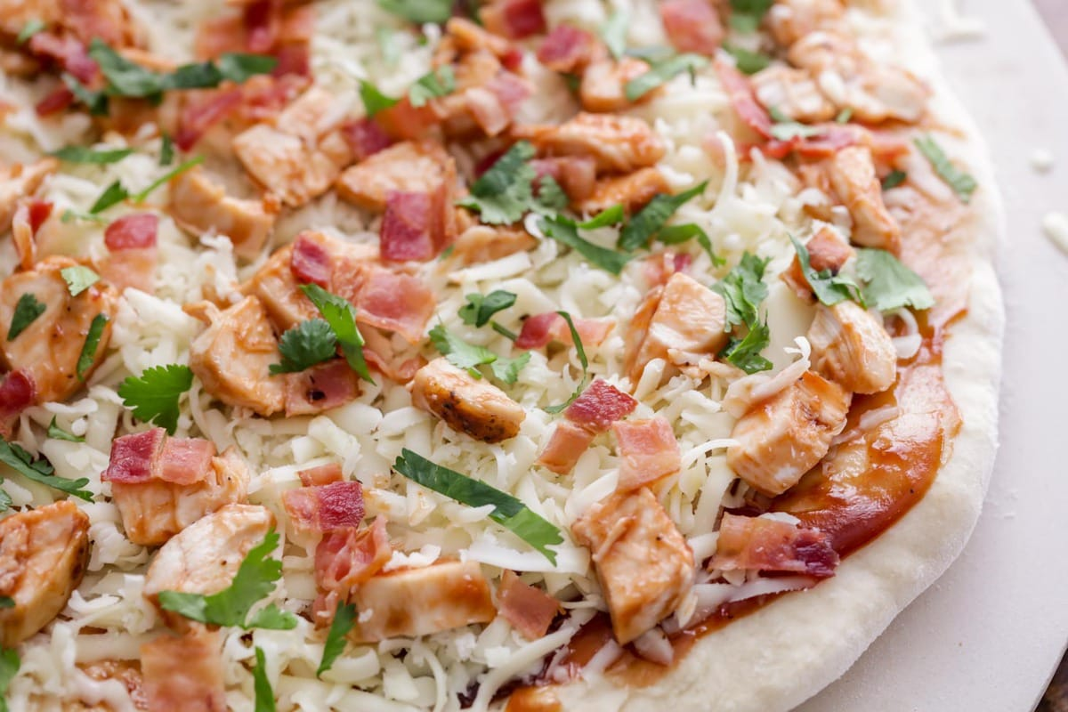 Barbecue Chicken Pizza in pizza stone