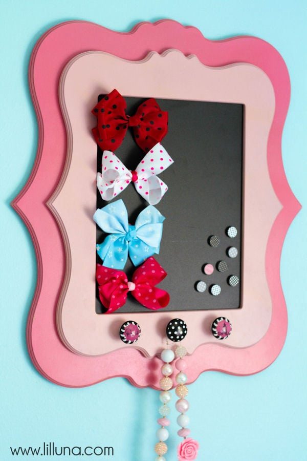 Framed Magnetic Bow Holder Tutorial on { lilluna.com }