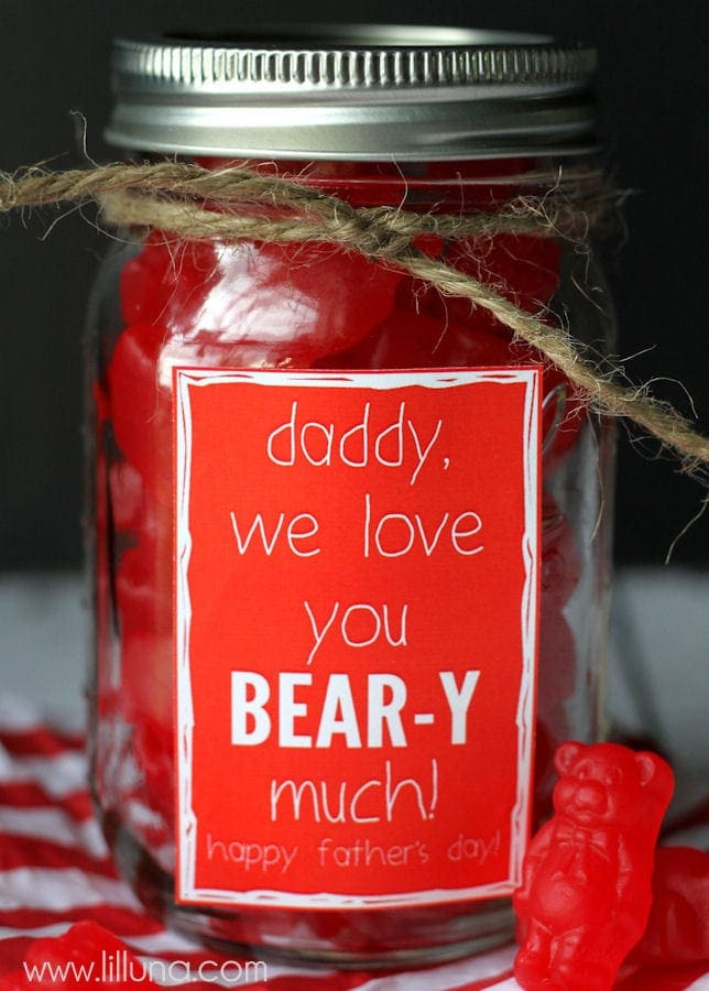 25+ DIY Father's Day Gift Ideas - a great collection of gifts on { lilluna.com }