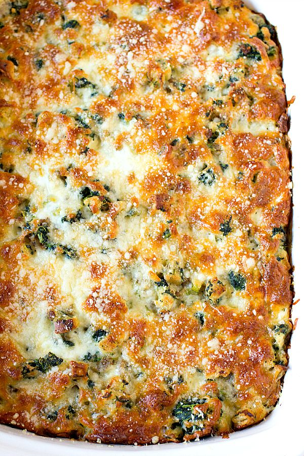 25+ Breakfast Casserole Recipes - Delicious and EASY!! A must-see on { lilluna.com } Lots of variety!!
