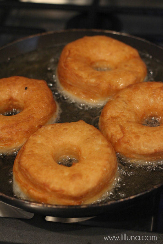 Homemade Biscuit Donuts recipe on { lilluna.com } Delicious donuts made from Pillsbury Biscuits with a yummy glaze!
