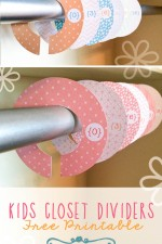 FREE Kids Closet Hanger Dividers - Printables on { lilluna.com }
