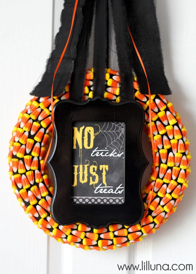 candy-corn-wreath-8