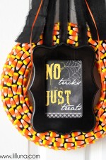 candy-corn-wreath-9