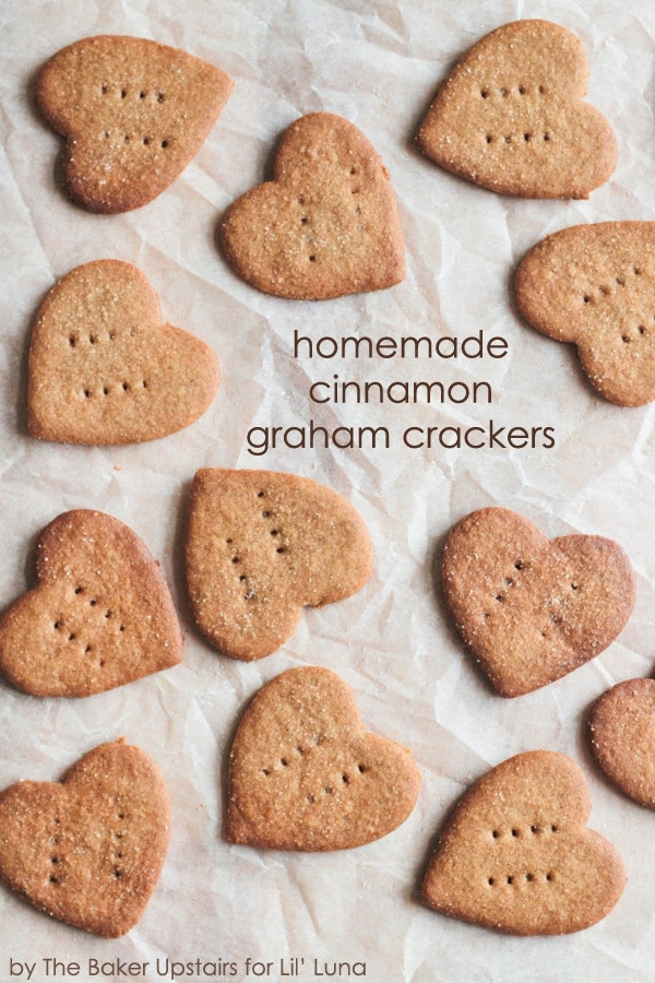 Delicious Homemade Cinnamon Graham Crackers - now I can make the kiddos' favorite snack at home! { lilluna.com }