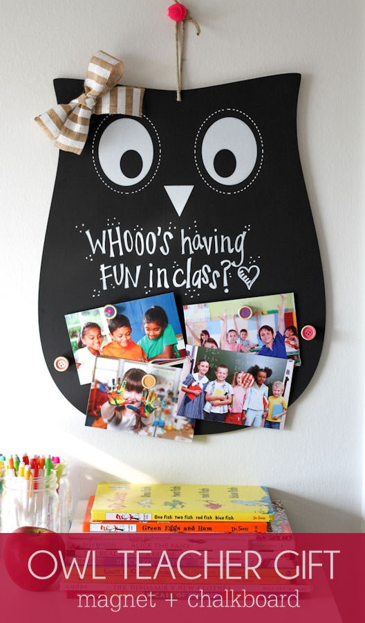 Super Cute and Inexpensive Owl Teacher Gift - a magnet and chalkboard sign! { lilluna.com }