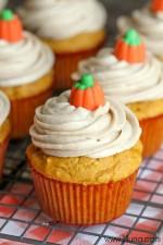 pumpkin-cupcakes-5