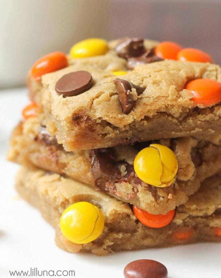 soft and chewy reeses pieces blondies recipe on lillunacom a yummy delicious
