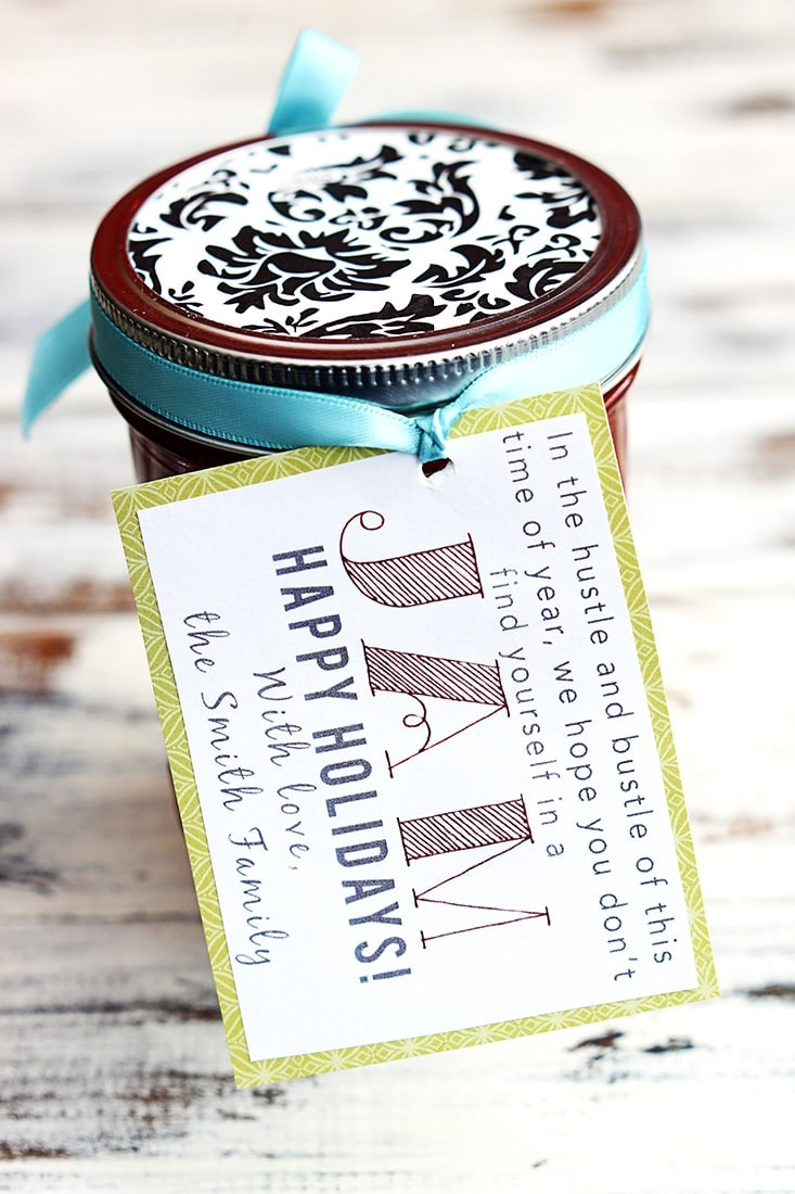 "Holiday ""In A Jam"" Gift & Recipe - free tags on { lilluna.com } Homemade jam made of strawberries, lemon juice, sugar, and honey in a cute jar with free tag!"
