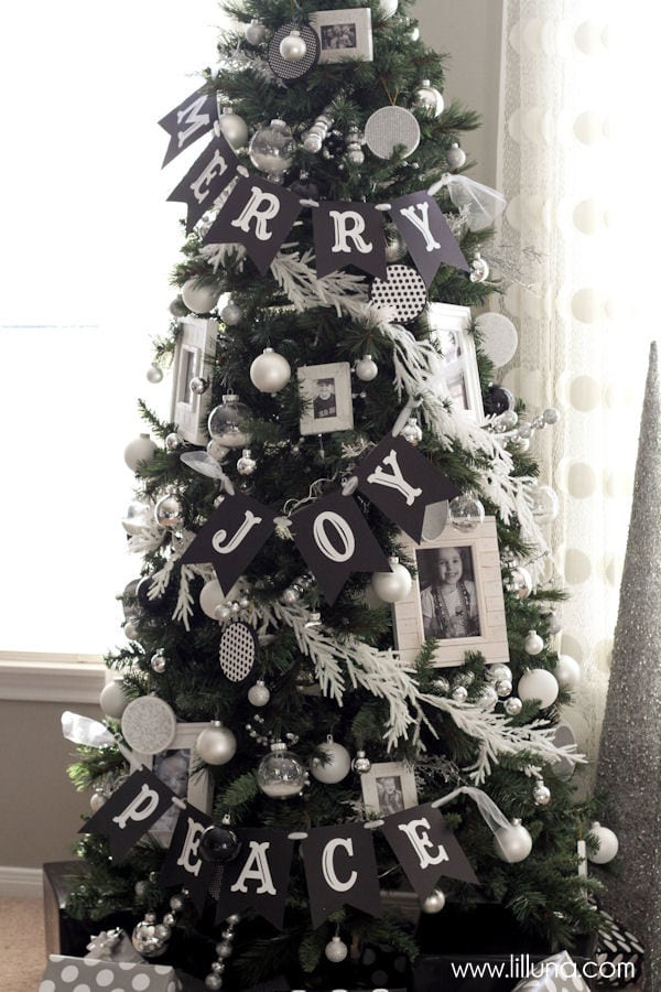 tree decorating tips cute and inexpensive ideas to help as you decorate your christmas tree
