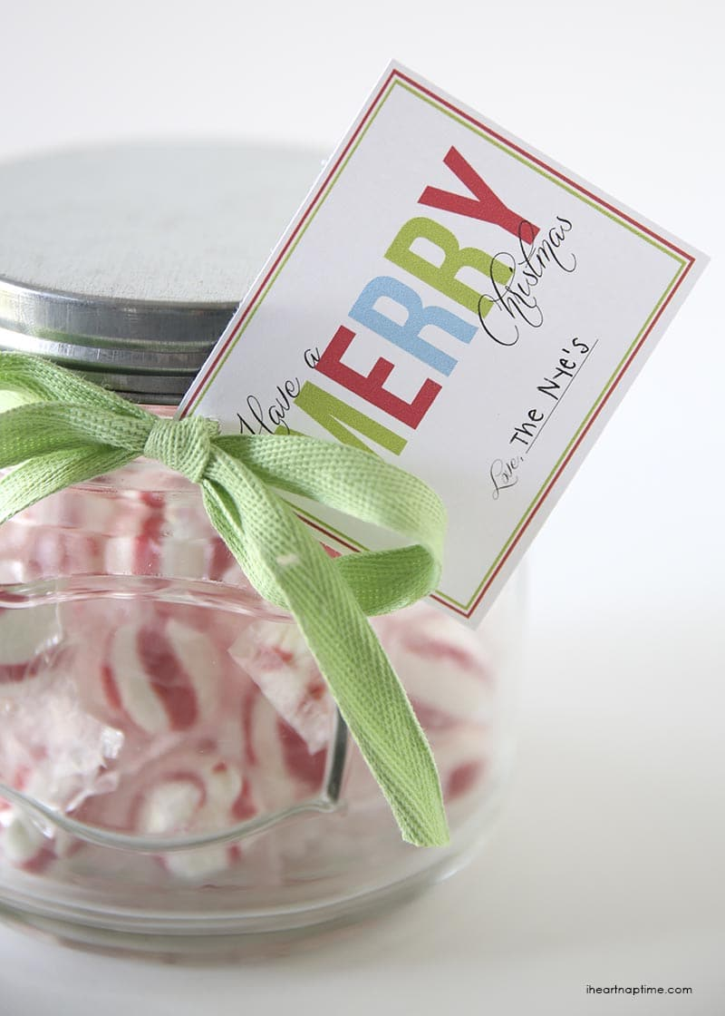 Christmas Jar Gift idea with FREE Printable Tags on { lilluna.com } Such an inexpensive, sweet idea!!