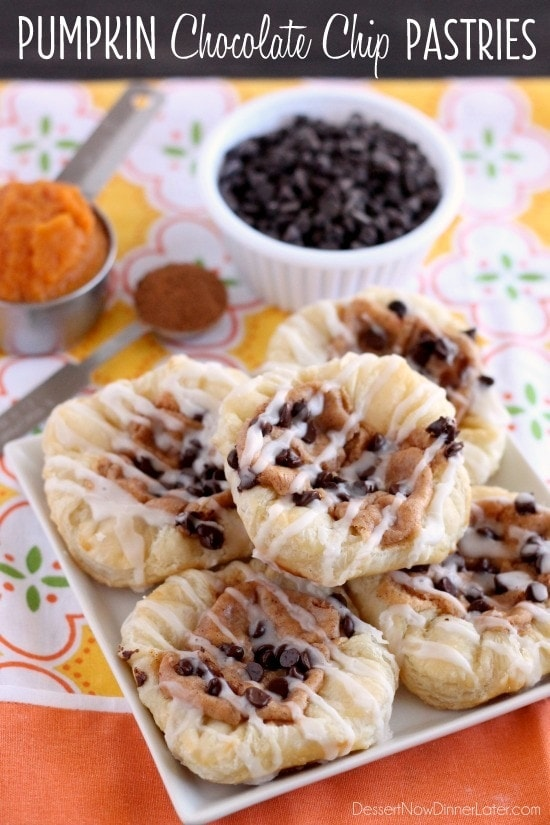 Pumpkin Chocolate Chip Pastries recipe! So delicious! Recipe includes puff pastry sheets, pumpkin puree, cream cheese, mini chocolate chips, pumpkin pie spice, and powdered sugar!