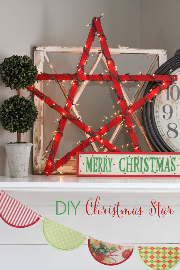 DIY Lighted Christmas Star Tutorial { lilluna.com } Super cute!! Simple and inexpensive to make, too!