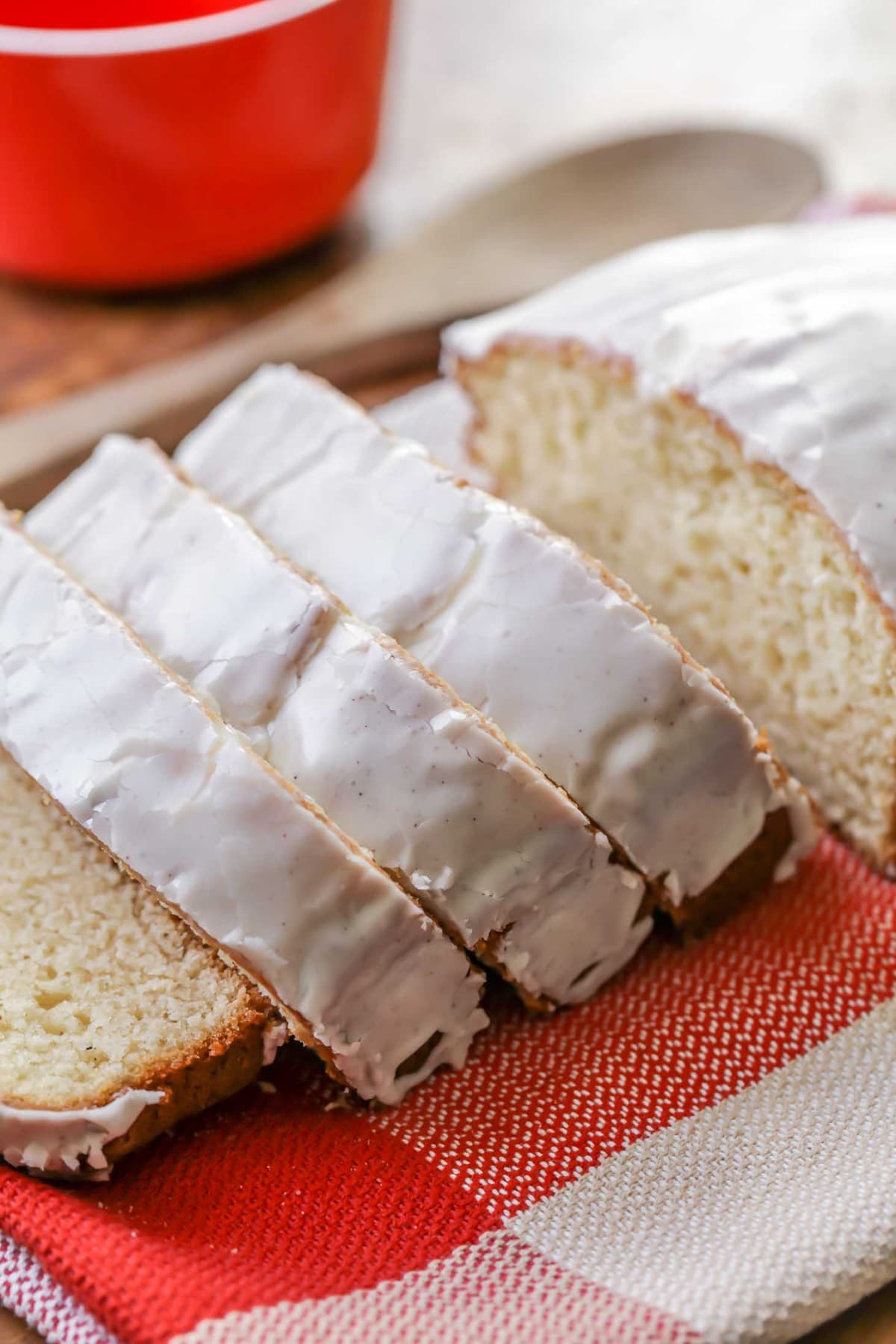 Delicious Eggnog Bread with Glaze recipe - Super moist bread filled with eggnog, nutmeg, and white chocolate pudding mix!!