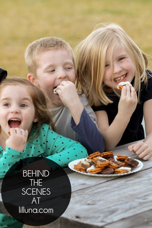 Behind-the-Scenes-Pretzel-Snickers-Bites