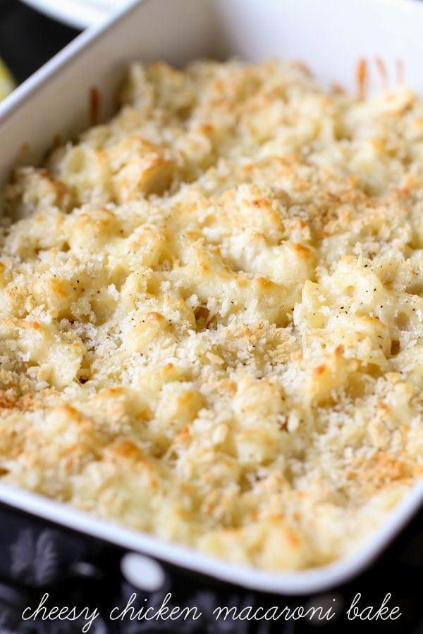 Delicious Cheesy Chicken Macaroni Bake recipe { lilluna.com }