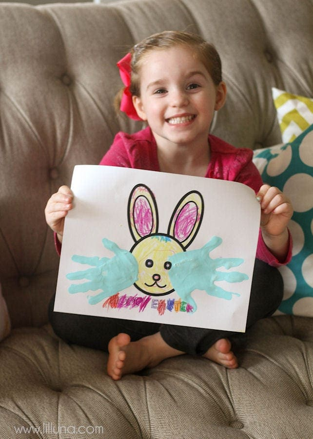 A roundup of FREE Spring and Easter Printables!! Check it out on { lilluna.com } Great for gifts, decor, and goodies!!