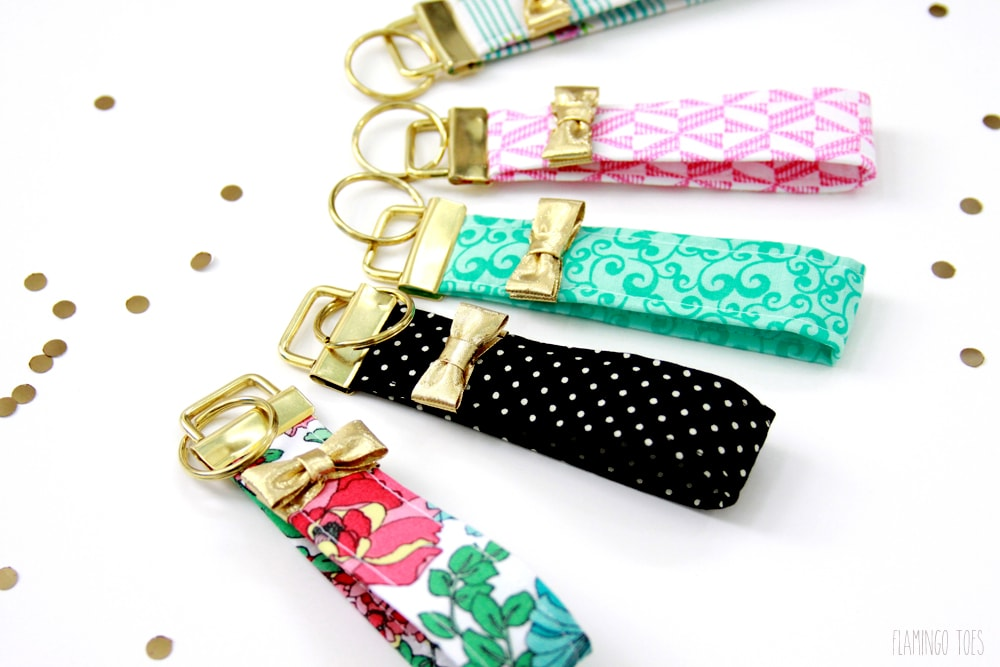 Kate Spade inspired Key Fobs - learn how to make them with this easy tutorial on { lilluna.com }