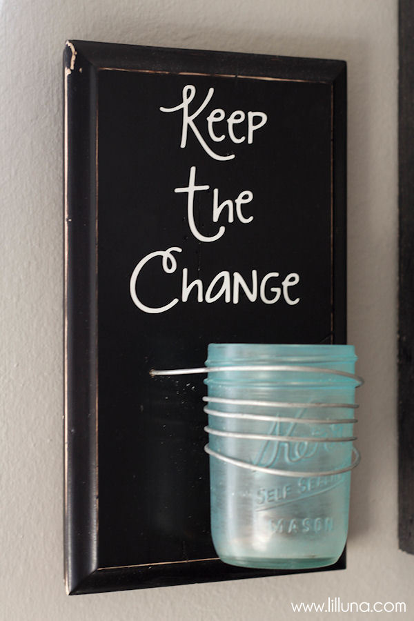CUTE Keep the Change decor piece - perfect for laundry room! Tutorial on { lilluna.com }