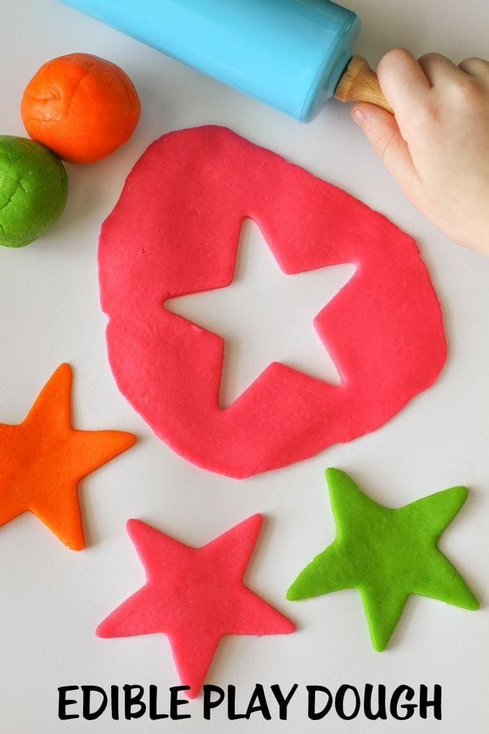 Simple (and EDIBLE) Play Dough - perfect for the kiddos. Takes just minutes to make! { lilluna.com } Ingredients include applesauce cup, cornstarch, food coloring, and baby rice cereal!
