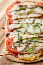 caprese-flatbread-pizza-5