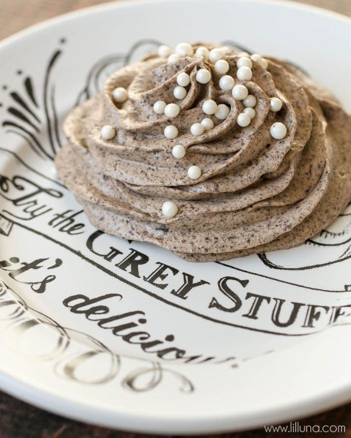 "Disney World's ""Grey Stuff"" recipe!! It's so easy to make and so delicious. Tastes just like the recipe from the Be Our Guest restaurant. { lilluna.com } So smooth and made with vanilla and chocolate pudding mix, milk, cool whip, and oreos and topped with sprinkles!!"