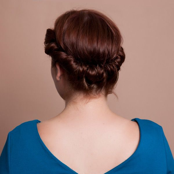 15 easy updos for all lengths and types of hair! Perfect for lazy days and rushed mornings when you just need to throw your hair up! See it on { lilluna.com }