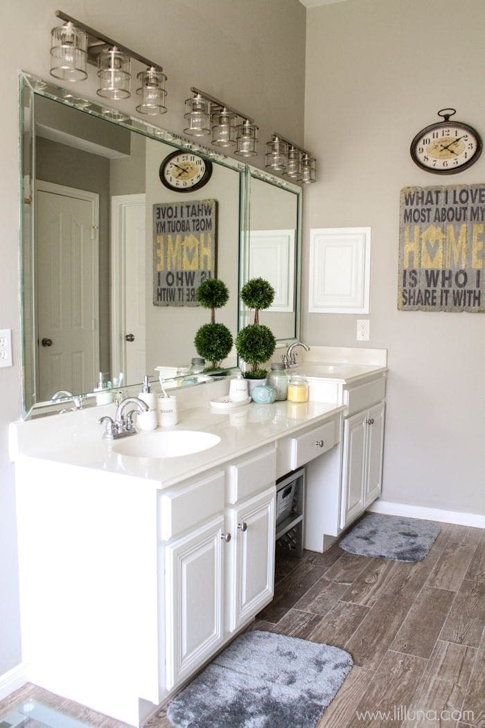 Master Bathroom Makeover on { lilluna.com } Great ideas for your next project!