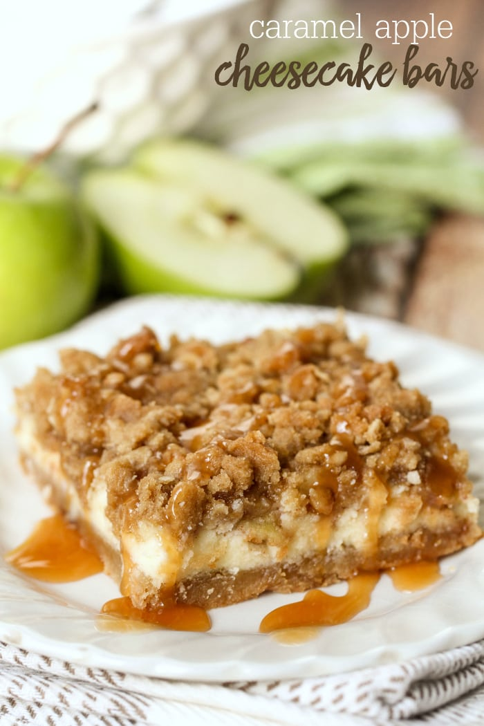 Caramel Apple Cheesecake Bars with an addicting streusel on top and caramel too. I need this in my life!! { lilluna.com }