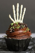 Creepy Cupcakes