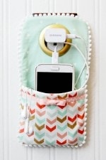 Cell-Phone-Wall-Pocket-2