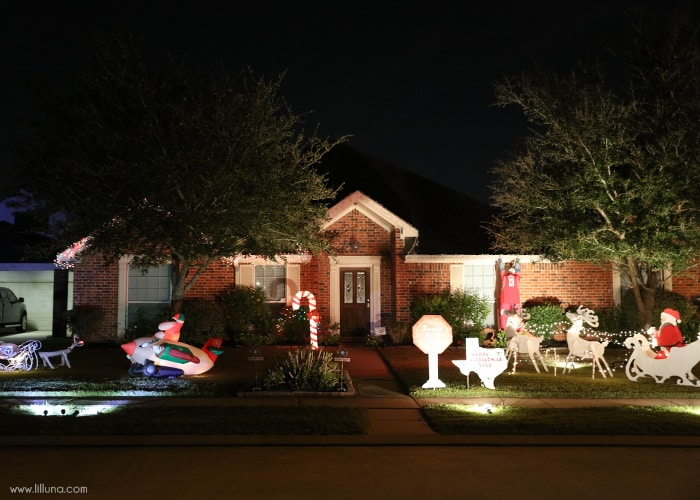 """Turtle-y AWESOME gift idea!! A cute and simple gift idea to give this holiday season. Just attach the tags for a """"sweet season"""" or to award to the """"best Christmas lights in the neighborhood!"""""""