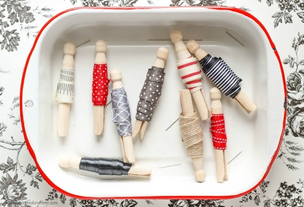 An awesome roundup of 20+ ideas to inspire your craft room organization!! A must-see on { lilluna.com }